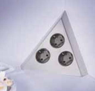 prise d angle cuisine perfect bloc prises duangle pour cuisine en inox avec caches prises uac. Black Bedroom Furniture Sets. Home Design Ideas